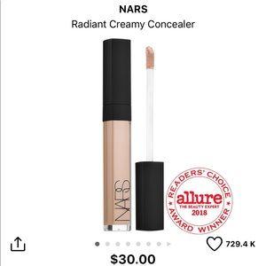 BNIB NARS Radiant Creamy Concealer in Vanilla